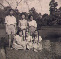 Mum and her friends in their excursion in the Botanic Garden in Bogor